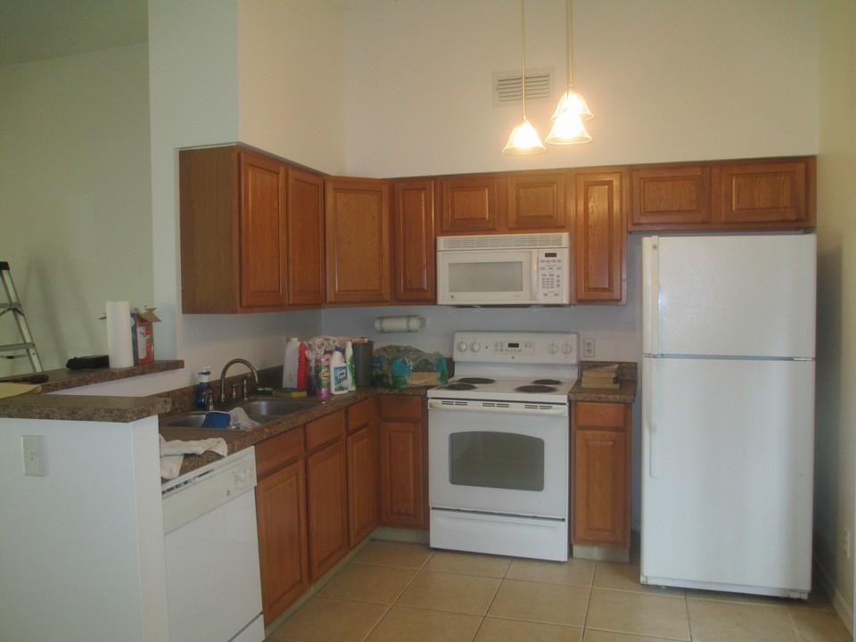 1st street vero beach fl florida real estate property for Kitchen cabinets vero beach