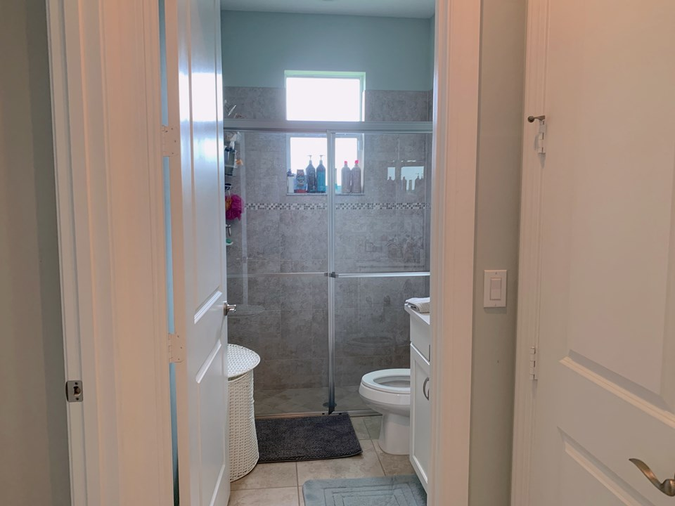 2nd. bathroom